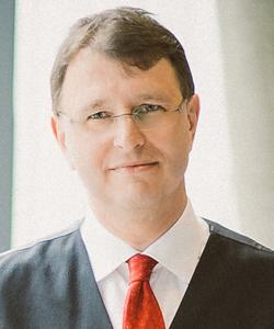 Dipl.-Ing. Michael Pölzleitner leitet seit 1.1.2014 den Bereich Medizintechnik.