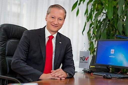 Dr. Stefan Haas, Vorstandsvorsitzender der TÜV AUSTRIA Group