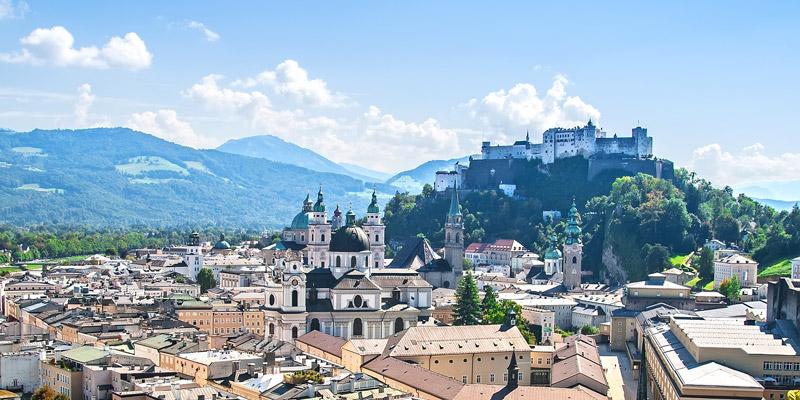 Starkes Engagement von TÜV AUSTRIA-Partner Moser Wasser in der Wassererkundung und Erschließung in der Salzburger Bergwelt. Fotolia, golovianko