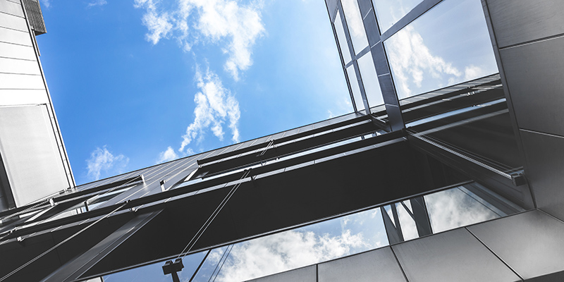 After COVID-19 shutdown: Restarting operational buildings and plants TÜV AUSTRIA supports operators with tailor-made solutions for technical safety. (C) Shutterstock, KYNA STUDIO