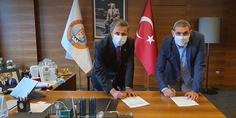 "TÜV AUSTRIA Turk, GM Yanki Ünal pictured right, is part of the ""Safe Tourism"" programme. A corresponding agreement has been concluded with the Chamber of Commerce of the Muğla province. (C) TÜV AUSTRIA Group"