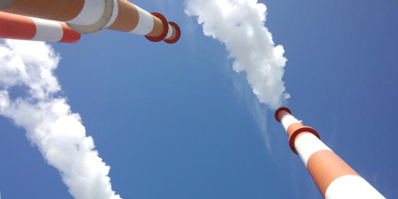 Kooperation von Umweltbundesamt und TÜV AUSTRIA, Die Zusammenarbeit der beiden ExpertInnen-Einrichtungen umfasst die Probenahme und Messung möglicher Emissionsquellen von Dioxinen, PCB und PAK. (C) Kami Izumi, Fotolia.