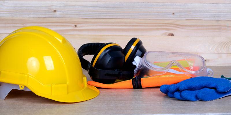 """TÜV AUSTRIA Romania veranstaltete ein Seminar zum Thema """"Arbeitnehmerschutz: Umstellung von OHSAS 18001 auf ISO 45001"""" (Fotolia, Panitan)"""