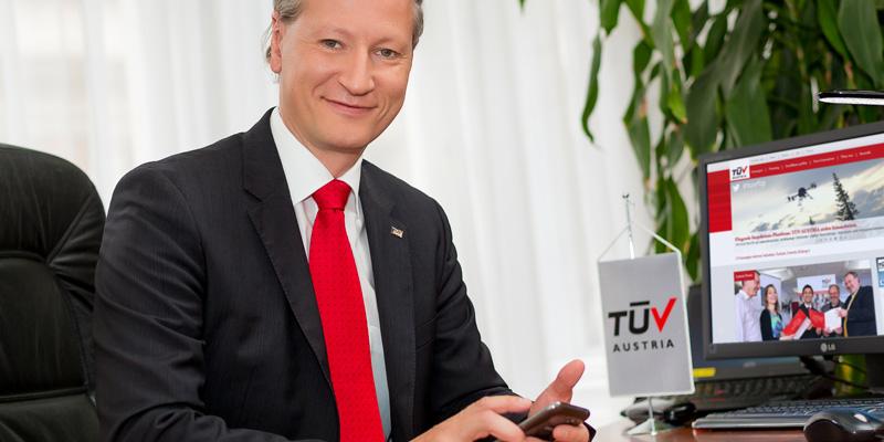 """Stefan Haas, CEO TÜV AUSTRIA Gruppe, im Interview: """"Von der Inspektion zur Innovation"""""""